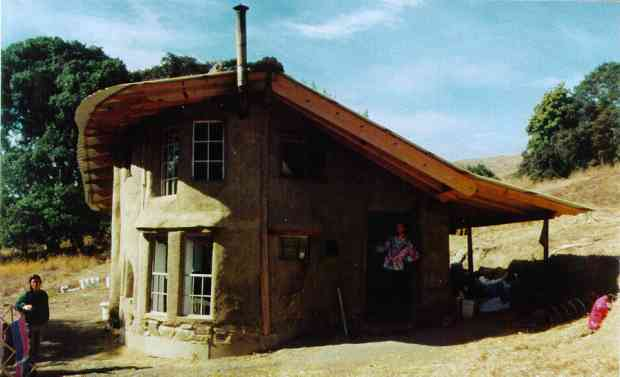 Cob house, Heartwood, California, 1995.