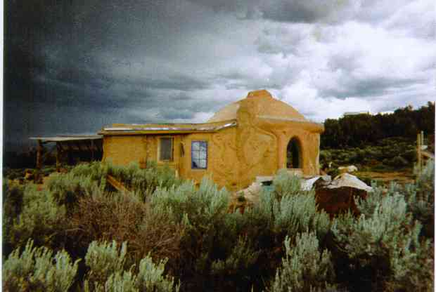 Carole Crews' adobe dome with cob addition