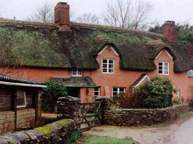Traditional british style cob buildings cob cottage company for Traditional house building