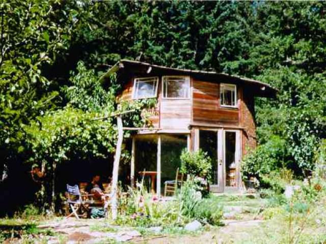 Cob Cottages Near Cottage Grove Oregon 1993 1995 Cob